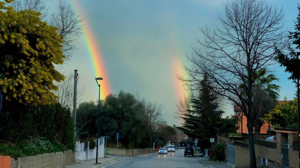 Doppio arcobaleno, visto da Via di Sotto